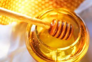 Honig als Hustenmittel wissenschaftlich belegt